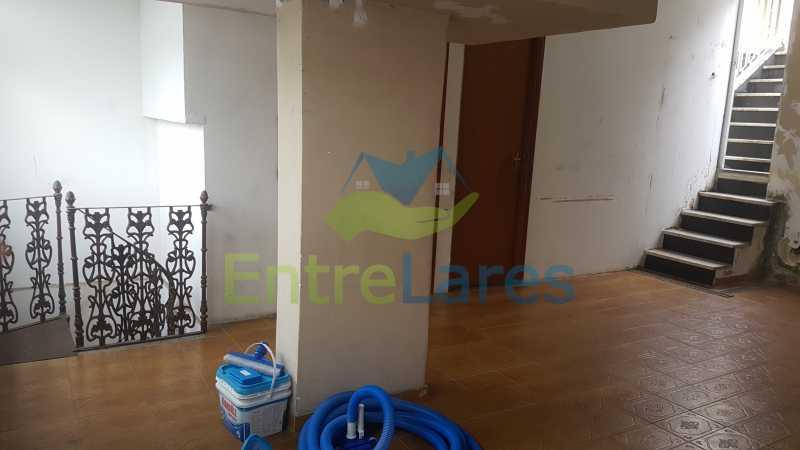 23 - Casa triplex no Jardim Guanabara 7 quartos sendo 1 suíte, varandão, copa cozinha planejada, piscina, terraço, 2 vagas de garagem. Aceita permuta. - ILCA70003 - 26
