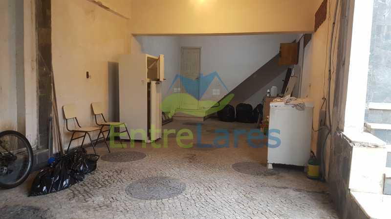 27 - Casa triplex no Jardim Guanabara 7 quartos sendo 1 suíte, varandão, copa cozinha planejada, piscina, terraço, 2 vagas de garagem. Aceita permuta. - ILCA70003 - 30