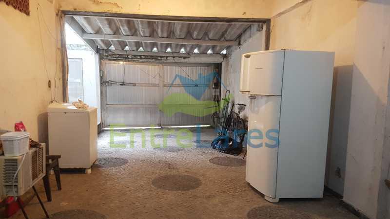 28 - Casa triplex no Jardim Guanabara 7 quartos sendo 1 suíte, varandão, copa cozinha planejada, piscina, terraço, 2 vagas de garagem. Aceita permuta. - ILCA70003 - 31