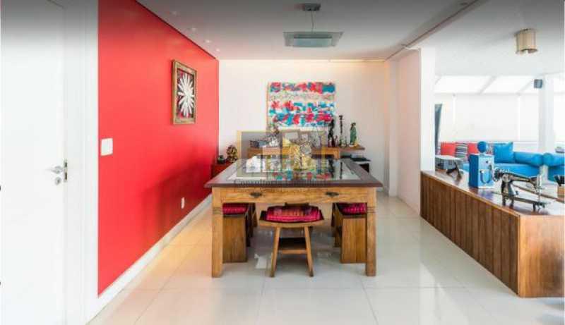 f05527e7-d945-4ada-be00-29808f - Casa a venda na Av. Lucio Costa, condominio Vivendas - LPCN40019 - 19