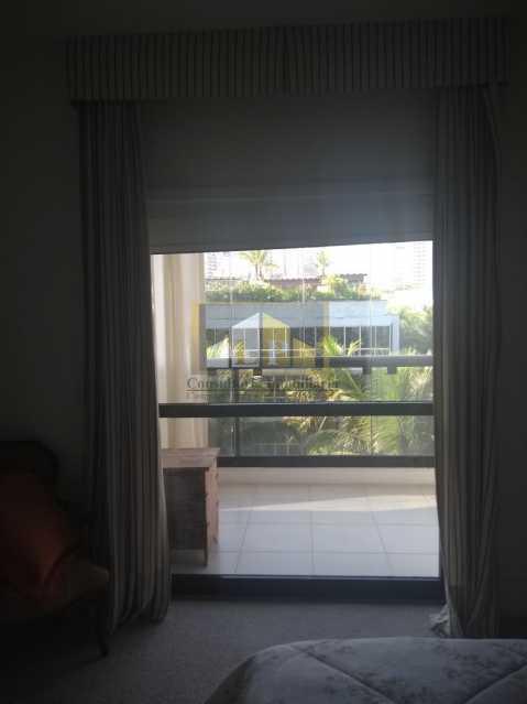 WhatsApp Image 2018-03-24 at 1 - Apartamento Condomínio GEORGE BIZET, Barra da Tijuca,Rio de Janeiro,RJ Para Venda e Aluguel,3 Quartos,350m² - LPAP30237 - 3
