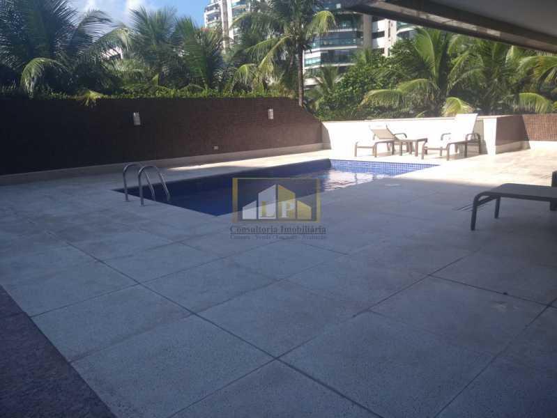 WhatsApp Image 2018-03-24 at 1 - Apartamento Condomínio GEORGE BIZET, Barra da Tijuca,Rio de Janeiro,RJ Para Venda e Aluguel,3 Quartos,350m² - LPAP30237 - 9