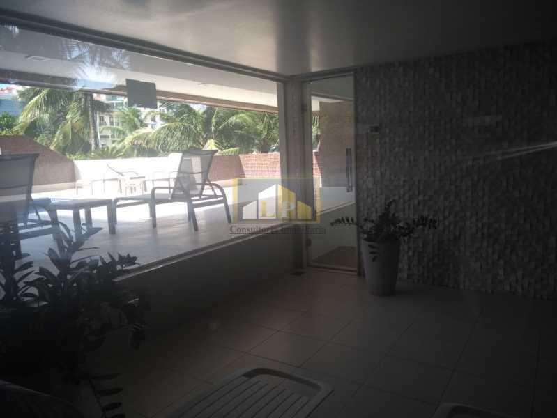 WhatsApp Image 2018-03-24 at 1 - Apartamento Condomínio GEORGE BIZET, Barra da Tijuca,Rio de Janeiro,RJ Para Venda e Aluguel,3 Quartos,350m² - LPAP30237 - 18