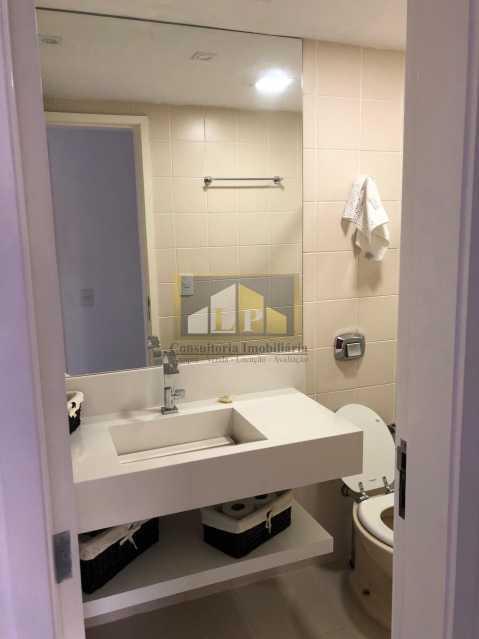 WhatsApp Image 2018-05-17 at 1 - Apartamento imovel a venda 2 quartos na ABM, Bosque Marapendi, Canal de Marapendi, condominio Lyon - LPAP20643 - 15