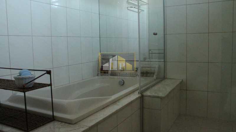 Casa Vermelha -26 - Casa em Condominio Condomínio LIBERTY HOUSE, Avenida Ministro Afrânio Costa,Barra da Tijuca,Rio de Janeiro,RJ À Venda,5 Quartos,245m² - LPCN50020 - 26