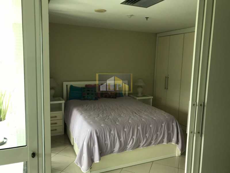 WhatsApp Image 2018-07-19 at 2 - Apartamento Condomínio GRAN NOBILE, Avenida Lúcio Costa,Barra da Tijuca, Rio de Janeiro, RJ À Venda, 1 Quarto, 55m² - LPAP10214 - 9