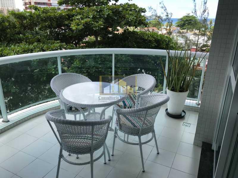 WhatsApp Image 2018-07-19 at 2 - Apartamento Condomínio GRAN NOBILE, Avenida Lúcio Costa,Barra da Tijuca, Rio de Janeiro, RJ À Venda, 1 Quarto, 55m² - LPAP10214 - 20