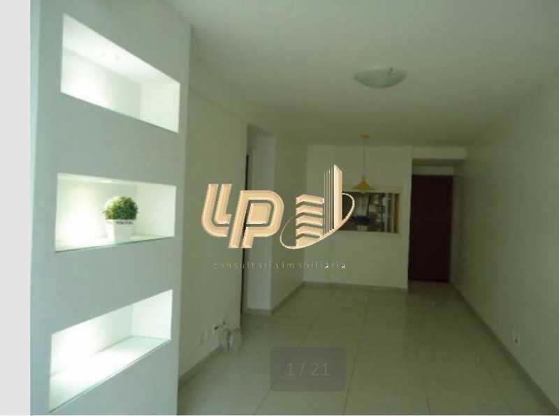 PHOTO-2019-10-11-10-01-54 - Apartamento À Venda no Condomínio PARQUE DAS ROSAS - Barra da Tijuca - Rio de Janeiro - RJ - LPAP20793 - 1