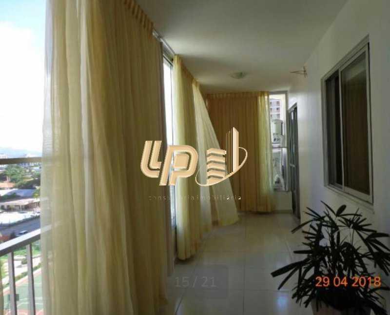 PHOTO-2019-10-11-10-01-55_1 - Apartamento À Venda no Condomínio PARQUE DAS ROSAS - Barra da Tijuca - Rio de Janeiro - RJ - LPAP20793 - 15