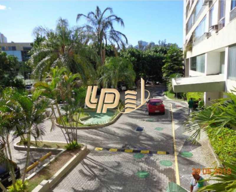 PHOTO-2019-10-11-10-01-55_4 - Apartamento À Venda no Condomínio PARQUE DAS ROSAS - Barra da Tijuca - Rio de Janeiro - RJ - LPAP20793 - 18