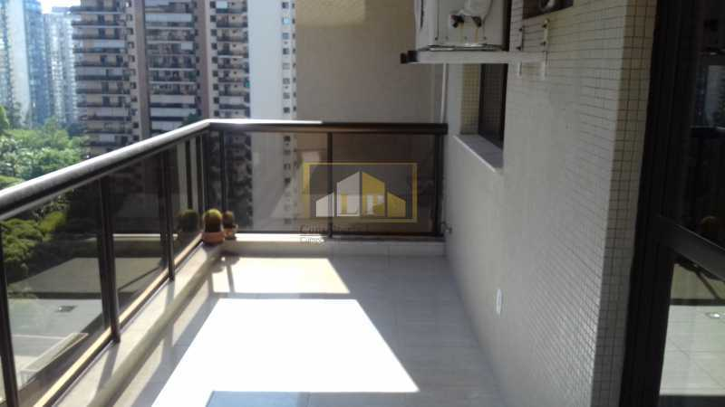 04 - Apartamento À Venda no Condomínio ABM - Barra da Tijuca - Rio de Janeiro - RJ - LPAP20802 - 3