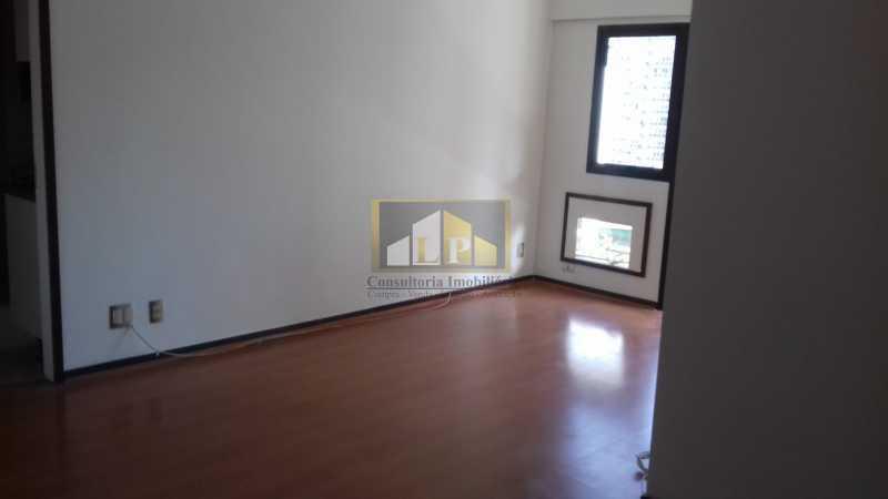 05 - Apartamento À Venda no Condomínio ABM - Barra da Tijuca - Rio de Janeiro - RJ - LPAP20802 - 4