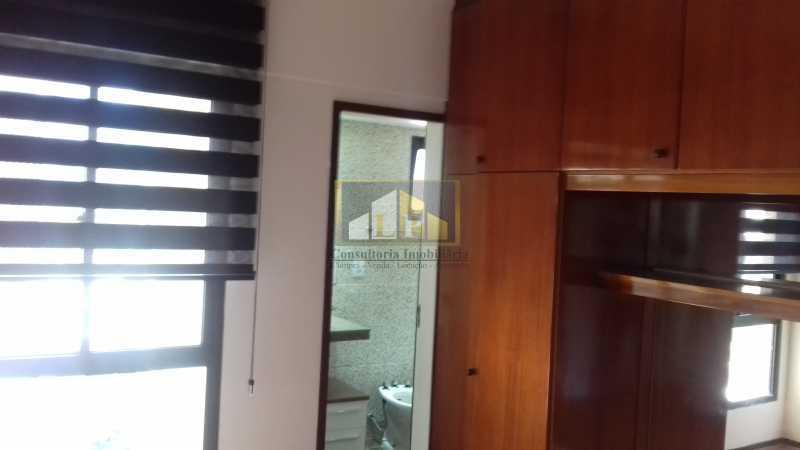 09 - Apartamento À Venda no Condomínio ABM - Barra da Tijuca - Rio de Janeiro - RJ - LPAP20802 - 8