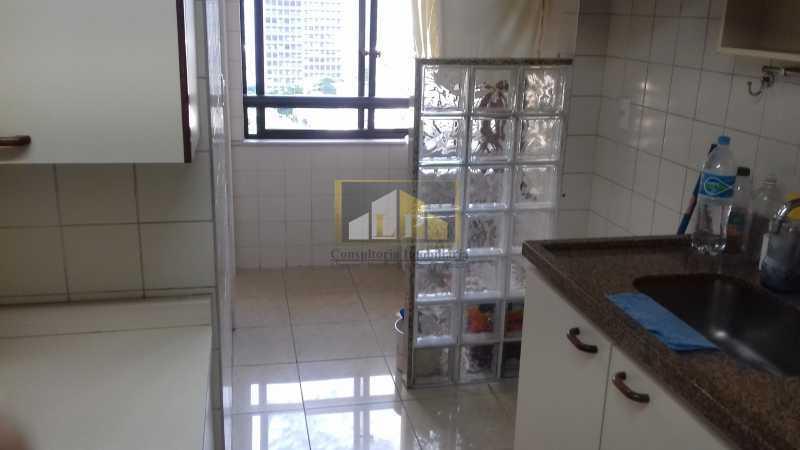 12 - Apartamento À Venda no Condomínio ABM - Barra da Tijuca - Rio de Janeiro - RJ - LPAP20802 - 11