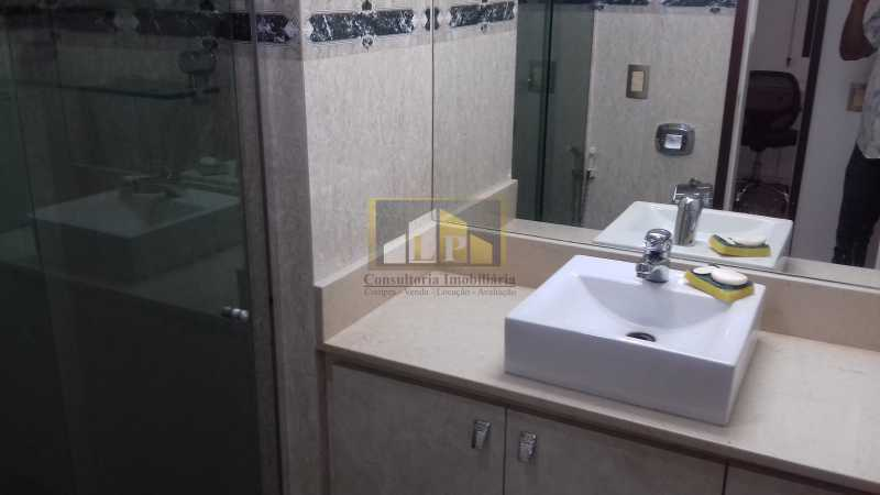 15 - Apartamento À Venda no Condomínio ABM - Barra da Tijuca - Rio de Janeiro - RJ - LPAP20802 - 14
