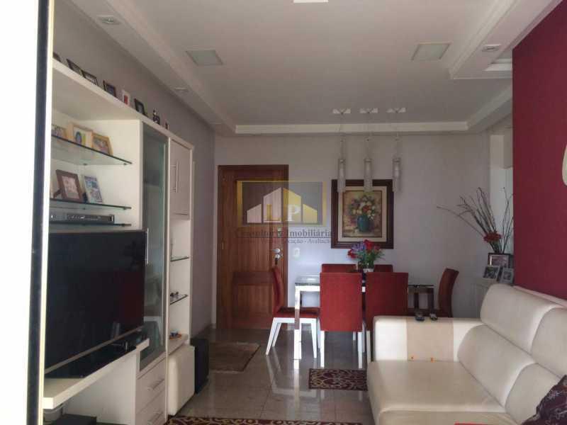 04 - Sernambetiba, Av. Lucio Costa, Venda - LPAP30328 - 1