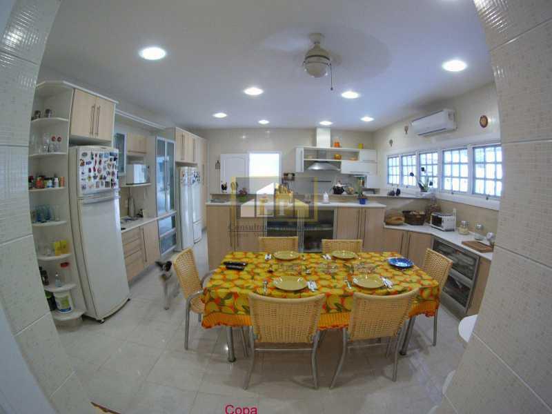 15 - casas À venda em condomínio santa lucia - LPCN40026 - 15