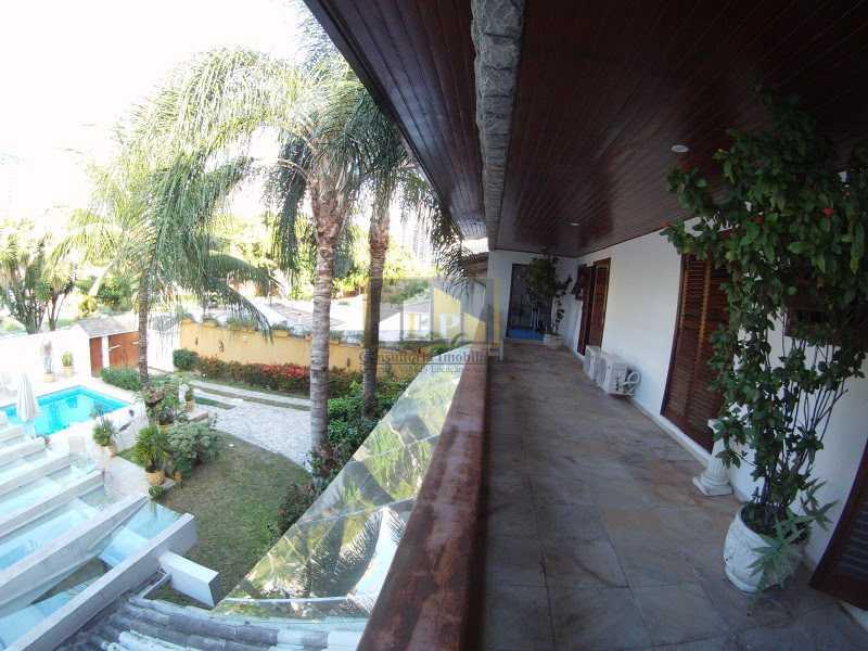 21 - casas À venda em condomínio santa lucia - LPCN40026 - 21
