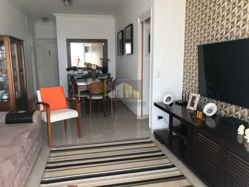 WhatsApp Image 2019-04-03 at 0 - Apartamento 3 quartos a venda no Condomínio Parque das Rosas - LPAP30349 - 4