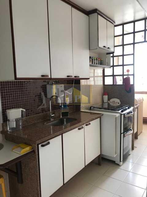 WhatsApp Image 2019-04-03 at 1 - Apartamento 3 quartos a venda no Condomínio Parque das Rosas - LPAP30349 - 24