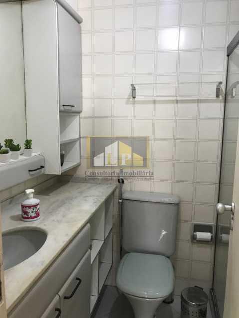 WhatsApp Image 2019-04-03 at 1 - Apartamento 3 quartos a venda no Condomínio Parque das Rosas - LPAP30349 - 20