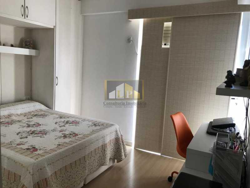 WhatsApp Image 2019-04-03 at 1 - Apartamento 3 quartos a venda no Condomínio Parque das Rosas - LPAP30349 - 15