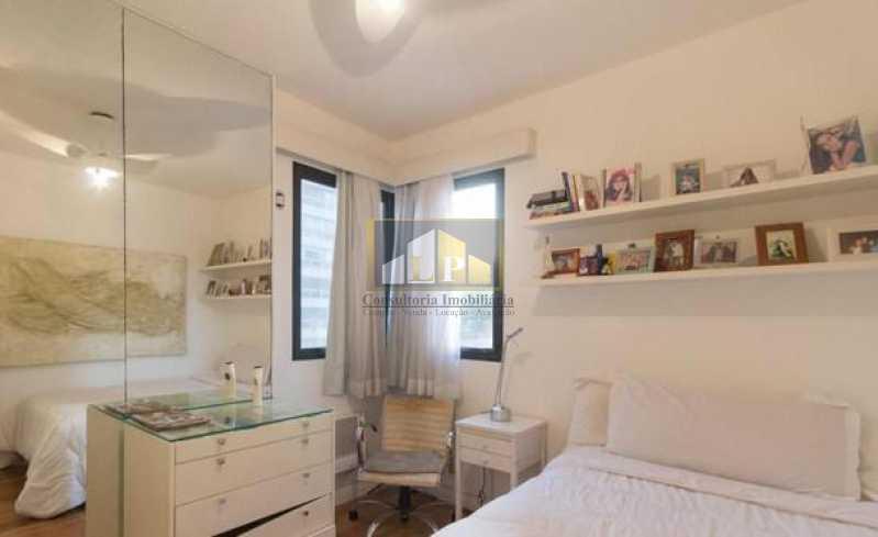 PHOTO-2019-05-14-11-22-11_1 - Apartamento Condomínio ALFA BARRA , Avenida Lúcio Costa,Barra da Tijuca,Rio de Janeiro,RJ Para Alugar,4 Quartos,144m² - LPAP40126 - 13