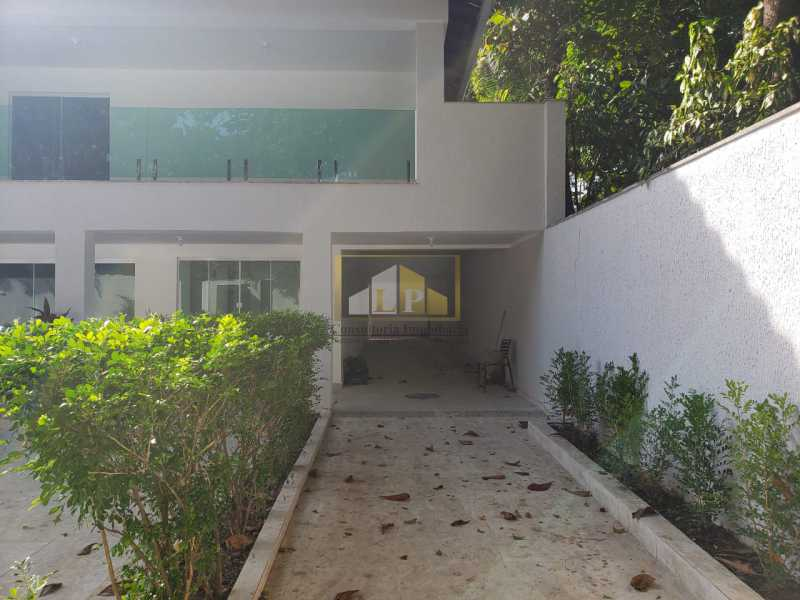 PHOTO-2019-06-05-16-30-33_1 - Casa em Condominio Condomínio SANTA HELENA, Avenida Prefeito Dulcídio Cardoso,Barra da Tijuca,Rio de Janeiro,RJ À Venda,10 Quartos,700m² - LPCN100001 - 4