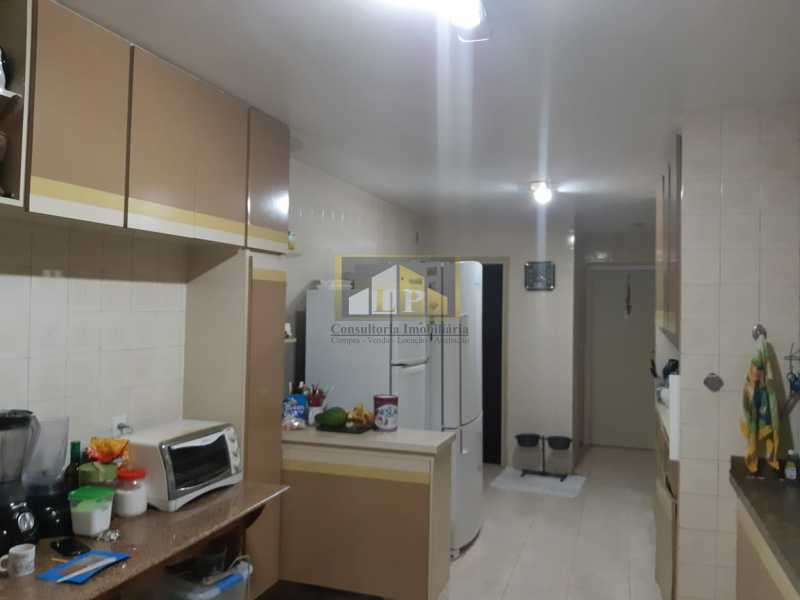 PHOTO-2019-07-12-09-47-29 - Apartamento Condomínio JARDIM OCEANICO, Rua Aldo Bonadei,Barra da Tijuca, Rio de Janeiro, RJ À Venda, 4 Quartos, 175m² - LPAP40135 - 7