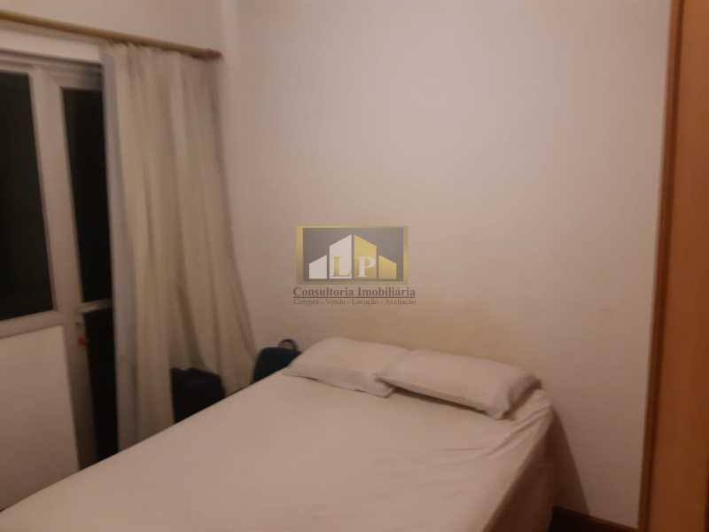 PHOTO-2019-07-12-09-47-39 - Apartamento Condomínio JARDIM OCEANICO, Rua Aldo Bonadei,Barra da Tijuca, Rio de Janeiro, RJ À Venda, 4 Quartos, 175m² - LPAP40135 - 20