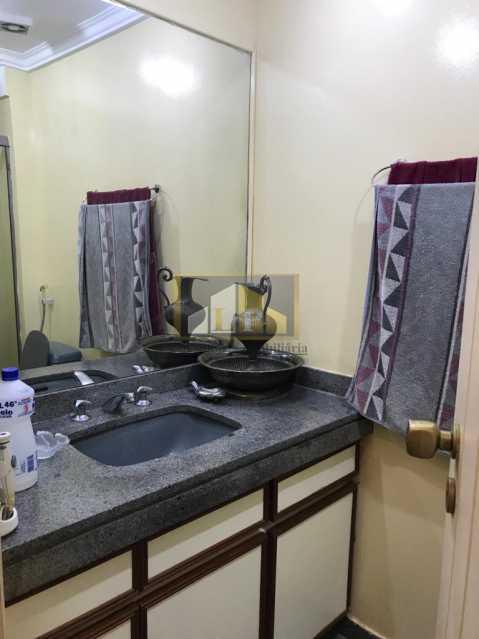 PHOTO-2019-07-16-12-47-35_3 - Apartamento Condomínio ABM, Barra da Tijuca, Rio de Janeiro, RJ À Venda, 4 Quartos, 150m² - LPAP40136 - 20