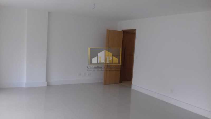 IMG-20190716-WA0038 - Apartamento Condomínio JARDIM OCEANICO, Barra da Tijuca,Rio de Janeiro,RJ À Venda,3 Quartos,185m² - LPAP30363 - 11