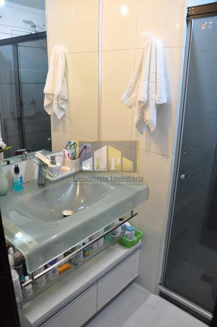 PHOTO-2019-07-19-11-21-11 - Apartamento À Venda no Condomínio SUMMER COAST - Barra da Tijuca - Rio de Janeiro - RJ - LPAP20895 - 12