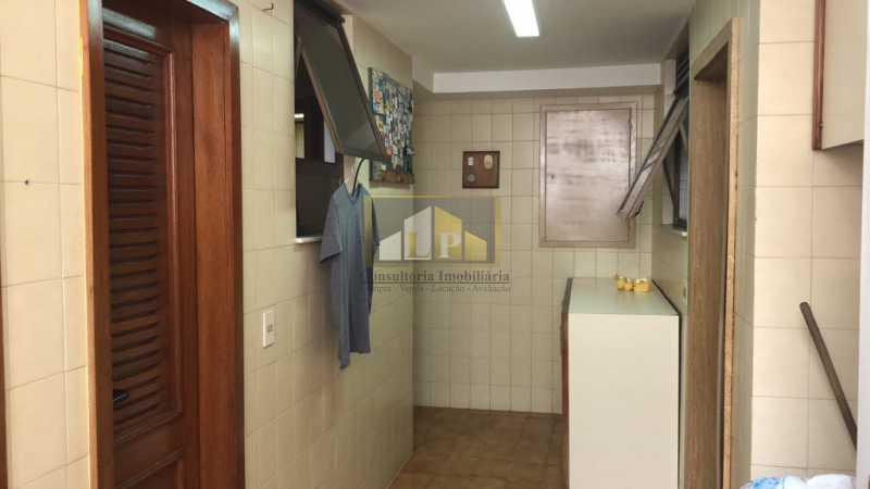 PHOTO-2019-07-25-10-36-27 - Cobertura Condomínio JARDIM OCEANICO, Barra da Tijuca,Rio de Janeiro,RJ À Venda,7 Quartos,700m² - LPCO70001 - 20