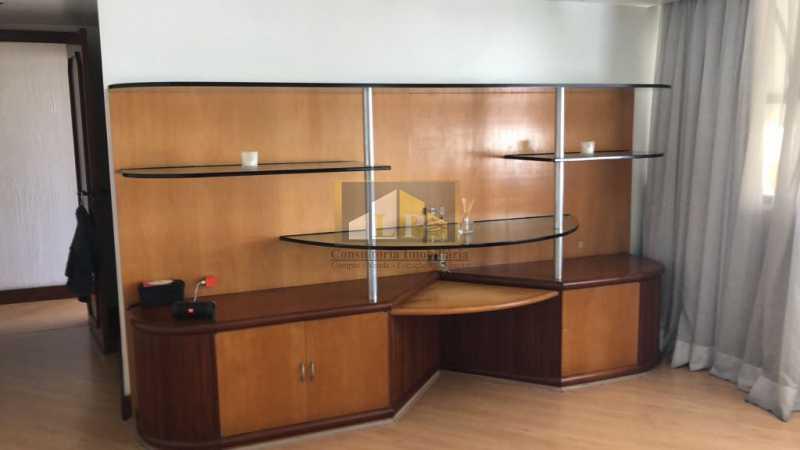 PHOTO-2019-07-25-10-36-28 - Cobertura Condomínio JARDIM OCEANICO, Barra da Tijuca,Rio de Janeiro,RJ À Venda,7 Quartos,700m² - LPCO70001 - 21