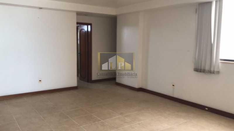 PHOTO-2019-07-25-10-36-32 - Cobertura Condomínio JARDIM OCEANICO, Barra da Tijuca,Rio de Janeiro,RJ À Venda,7 Quartos,700m² - LPCO70001 - 27