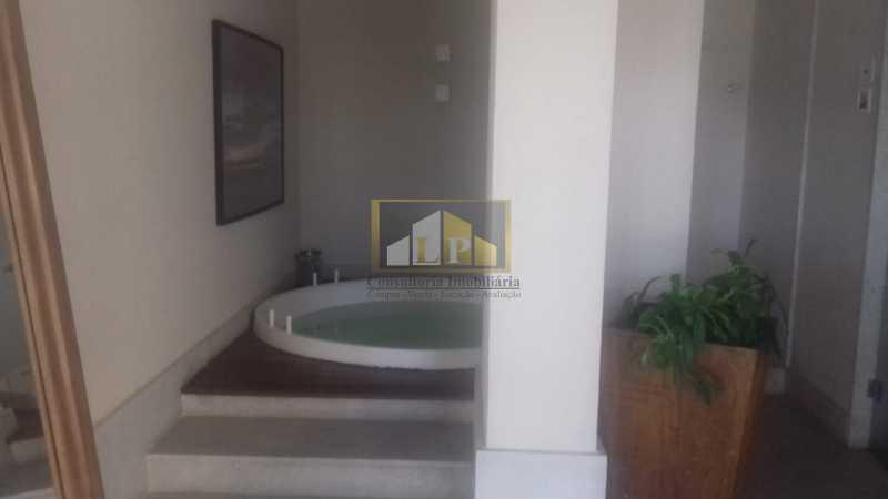 PHOTO-2019-07-29-09-35-41_1 - Apartamento 3 quartos à venda Barra da Tijuca, Rio de Janeiro - R$ 1.200.000 - LPAP30368 - 23