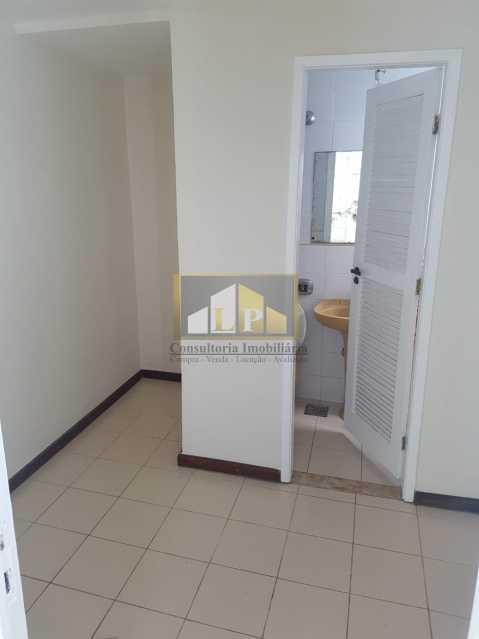 PHOTO-2019-08-05-15-36-05_1 - Casa em Condominio Condomínio RESIDENCIAL SANTA MONICA, Rua Josué de Castro,Barra da Tijuca,Rio de Janeiro,RJ Para Alugar,4 Quartos,370m² - LPCN40032 - 12