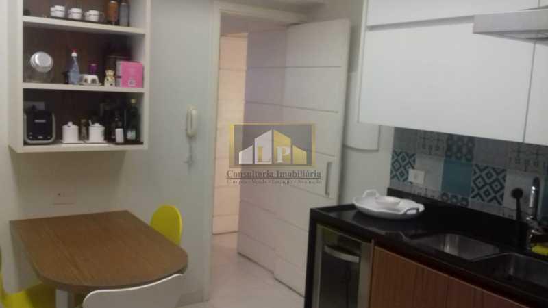 PHOTO-2019-08-12-09-33-45 - Apartamento 3 quartos à venda Barra da Tijuca, Rio de Janeiro - R$ 2.200.000 - LPAP30370 - 12