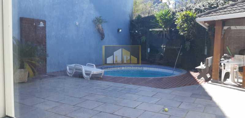 PHOTO-2019-08-06-15-20-40_2 - Casa em Condominio Rua Calheiros Gomes,Barra da Tijuca,Rio de Janeiro,RJ À Venda,4 Quartos,430m² - LPCN40034 - 4
