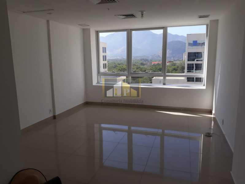 PHOTO-2019-08-22-10-38-41 - Sala Comercial Para Alugar no Condomínio ONE WORLD OFFICES - Jacarepaguá - Rio de Janeiro - RJ - LPSL00083 - 1