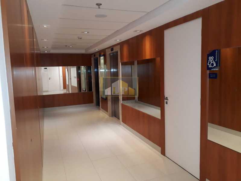 PHOTO-2019-08-22-10-38-41_2 - Sala Comercial Para Alugar no Condomínio ONE WORLD OFFICES - Jacarepaguá - Rio de Janeiro - RJ - LPSL00083 - 8