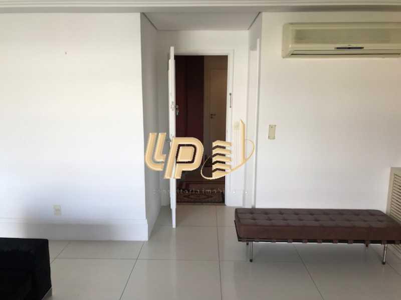 IMG_3927 - Cobertura Condomínio JARDIM OCEANICO, Avenida General Guedes da Fontoura,Barra da Tijuca,Rio de Janeiro,RJ Para Venda e Aluguel,4 Quartos,420m² - LPCO40030 - 25