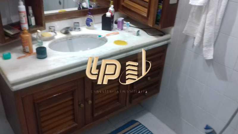 PHOTO-2019-11-09-11-36-09_2 - Apartamento Condomínio JARDIM OCEANICO, Rua Pedro Bolato,Barra da Tijuca,Rio de Janeiro,RJ À Venda,3 Quartos,162m² - LPAP30405 - 10