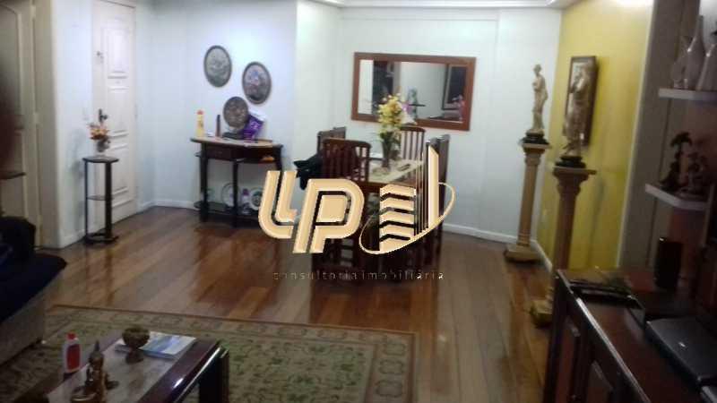 PHOTO-2019-11-09-11-36-16_1 - Apartamento Condomínio JARDIM OCEANICO, Rua Pedro Bolato,Barra da Tijuca,Rio de Janeiro,RJ À Venda,3 Quartos,162m² - LPAP30405 - 21