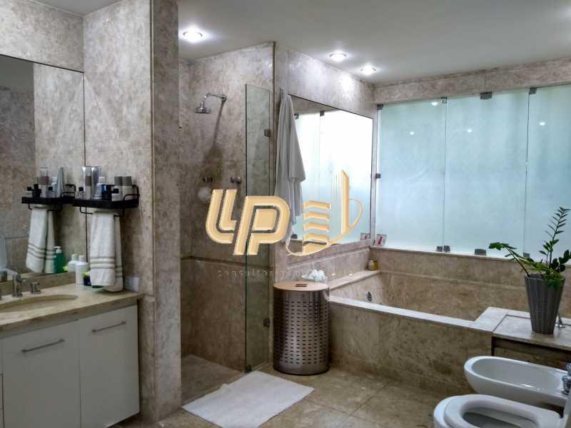 Banheiro suíte master - Casa em Condomínio 4 quartos à venda Itanhangá, Rio de Janeiro - R$ 4.200.000 - LPCN40039 - 6