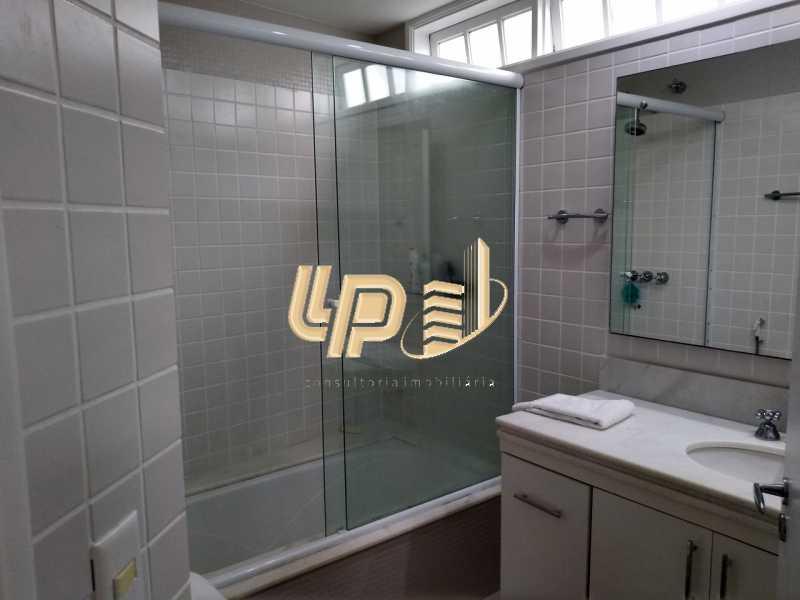 Banheiro suíte 2 - Casa em Condomínio 4 quartos à venda Itanhangá, Rio de Janeiro - R$ 4.200.000 - LPCN40039 - 12