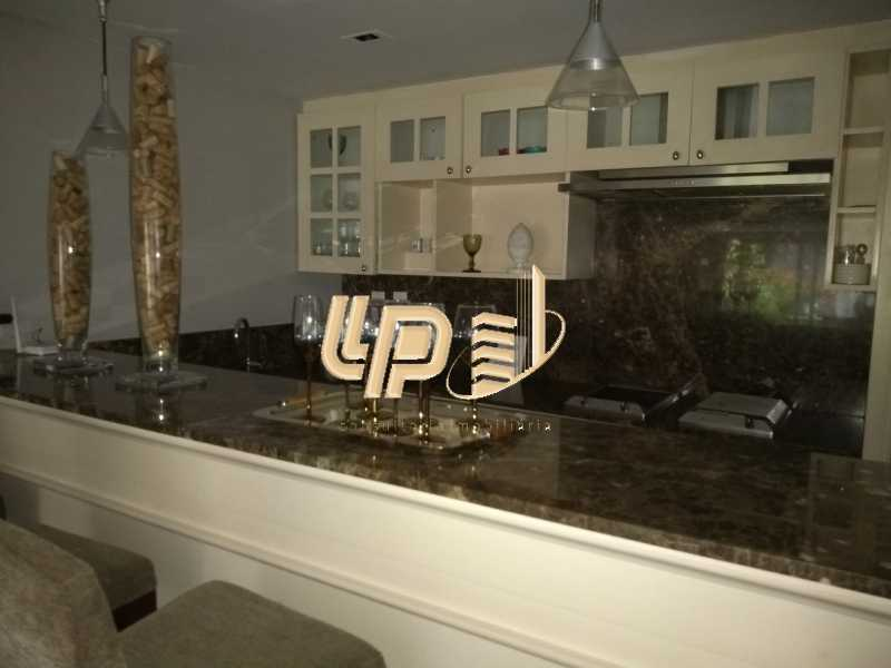 Cozinha sala de vídeo - Casa em Condomínio 4 quartos à venda Itanhangá, Rio de Janeiro - R$ 4.200.000 - LPCN40039 - 29