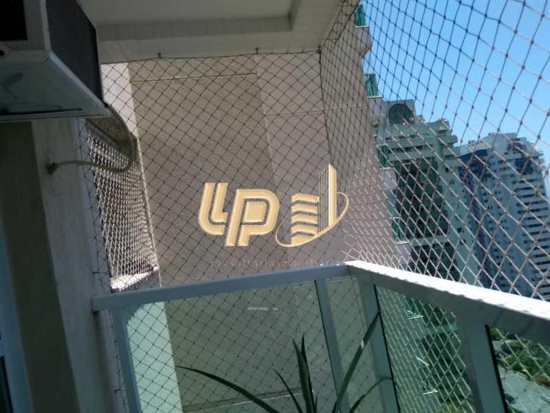 PHOTO-2020-01-28-14-35-11 - Apartamento Para Alugar no Condomínio VILLA BORGHESE - Barra da Tijuca - Rio de Janeiro - RJ - LPAP20942 - 10