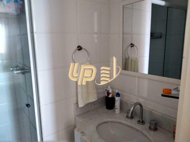 PHOTO-2020-01-28-14-35-23_1 - Apartamento Para Alugar no Condomínio VILLA BORGHESE - Barra da Tijuca - Rio de Janeiro - RJ - LPAP20942 - 18